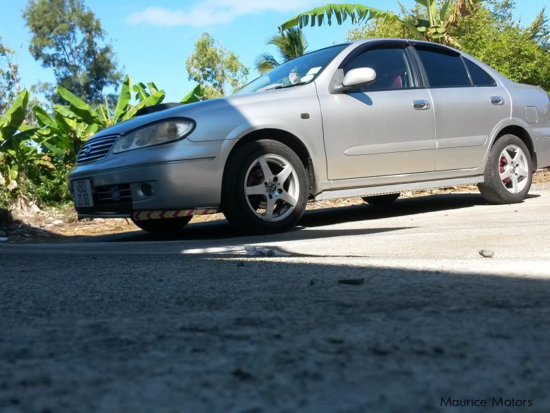 Pre-owned Nissan Sunny N17 for sale in Mauritius