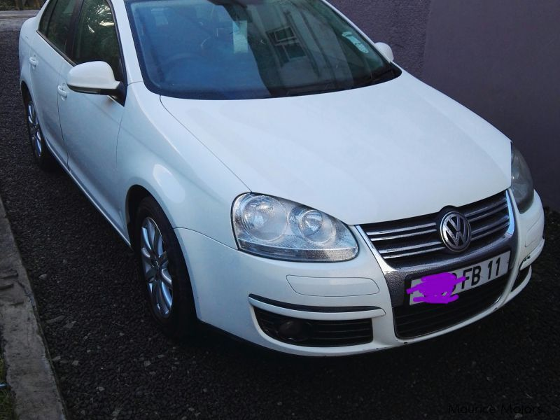 Pre-owned Volkswagen Jetta for sale in Mauritius
