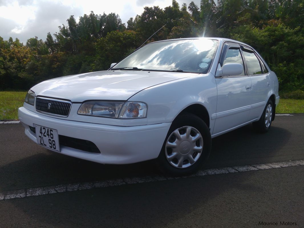 Pre-owned Toyota Sprinter for sale in