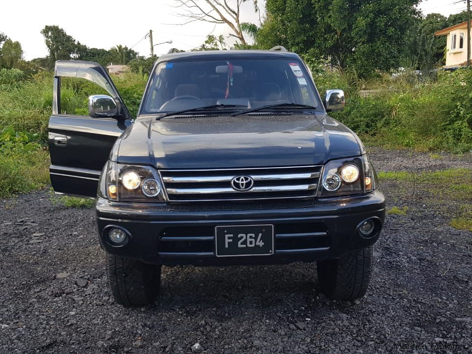 Pre-owned Toyota Landcruiser Prado for sale in