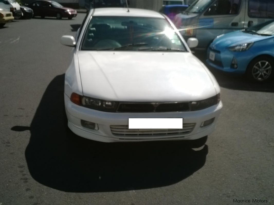 Pre-owned Mitsubishi gallant for sale in