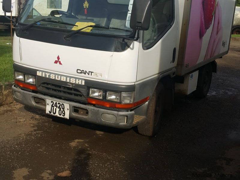 Pre-owned Mitsubishi Canter 2T for sale in