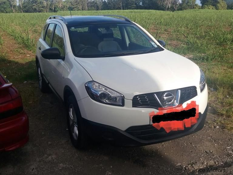 Pre-owned Nissan quasqai+2 for sale in