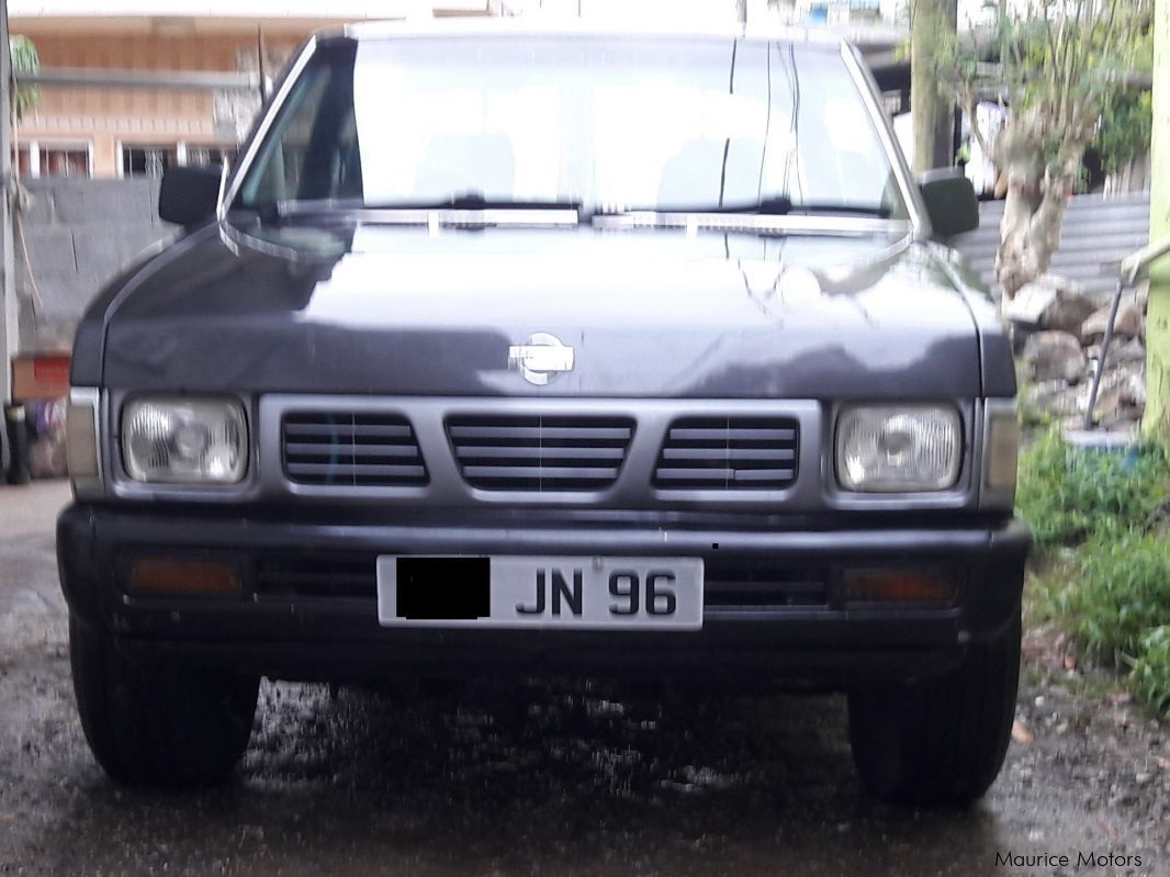 Pre-owned Nissan Double Cab Pick Up 4x2 for sale in