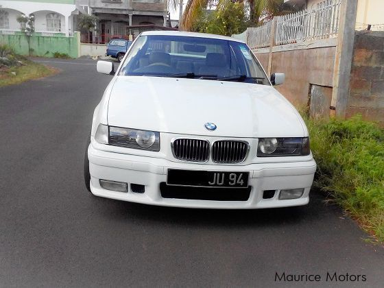 Pre-owned BMW 318i E36 for sale in