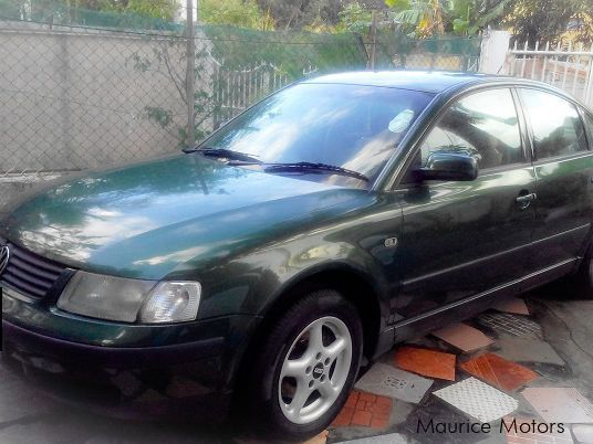 Pre-owned Volkswagen Passat 1.8 for sale in Mauritius