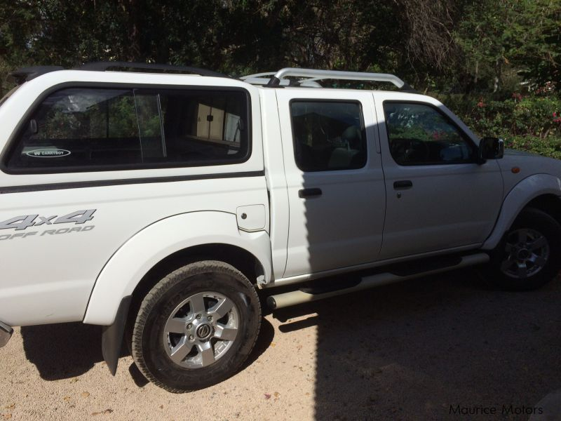 Pre-owned Nissan Hardbody NP300 for sale in Mauritius