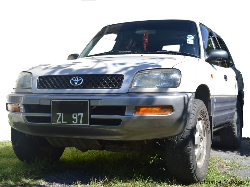 Used Toyota RAV 4 for sale in Mauritius