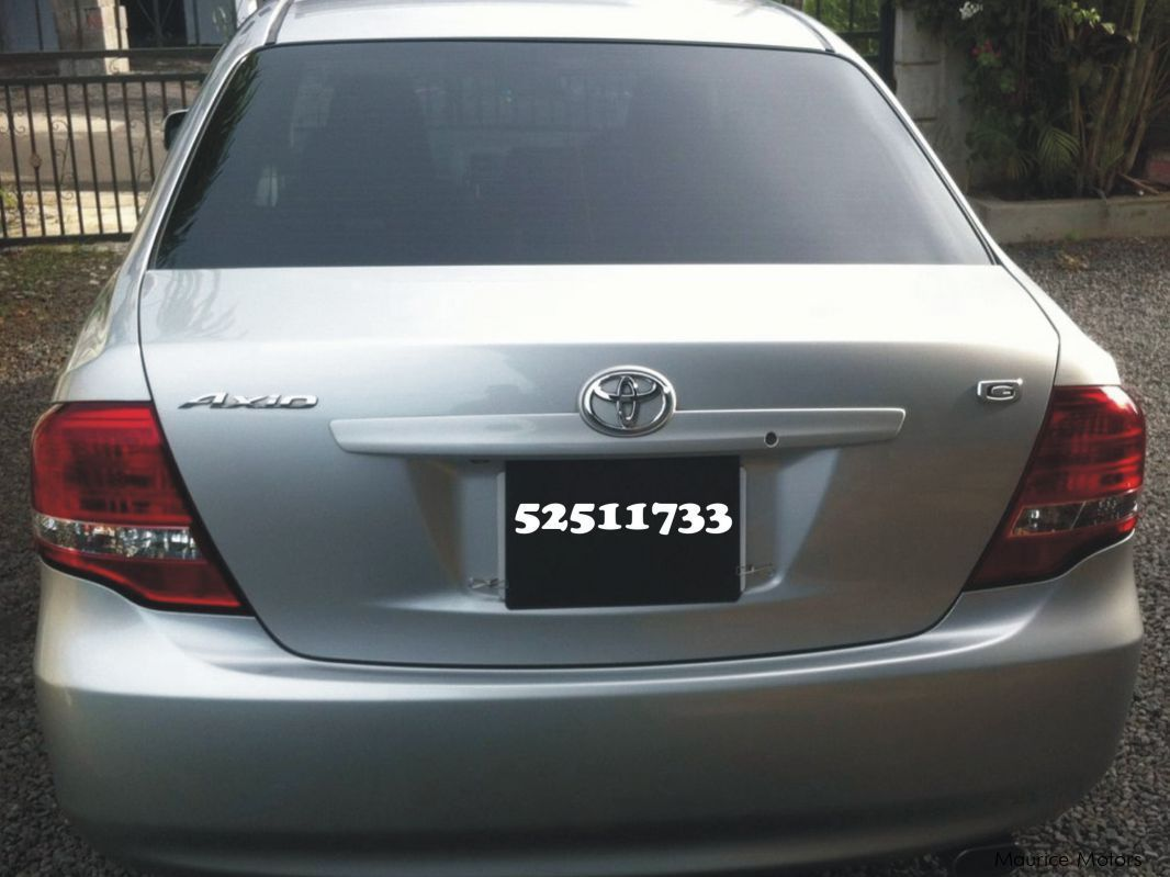 Pre-owned Toyota axio (G) for sale in