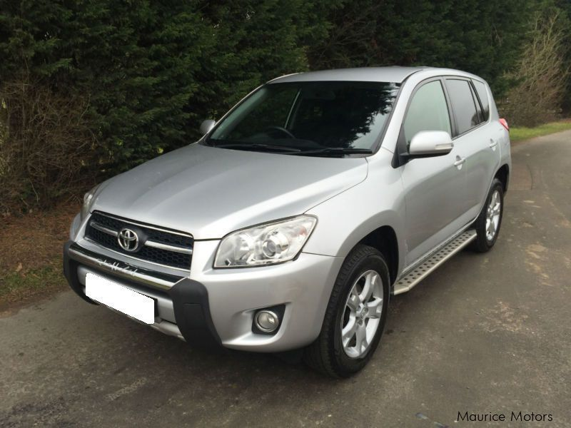 Pre-owned Toyota Rav4 for sale in Mauritius