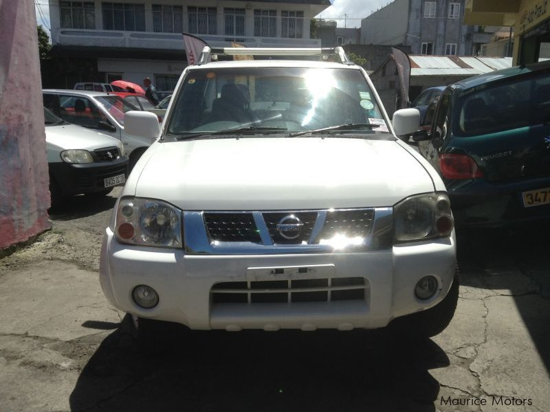 Used Nissan Hardbody for sale in Mauritius