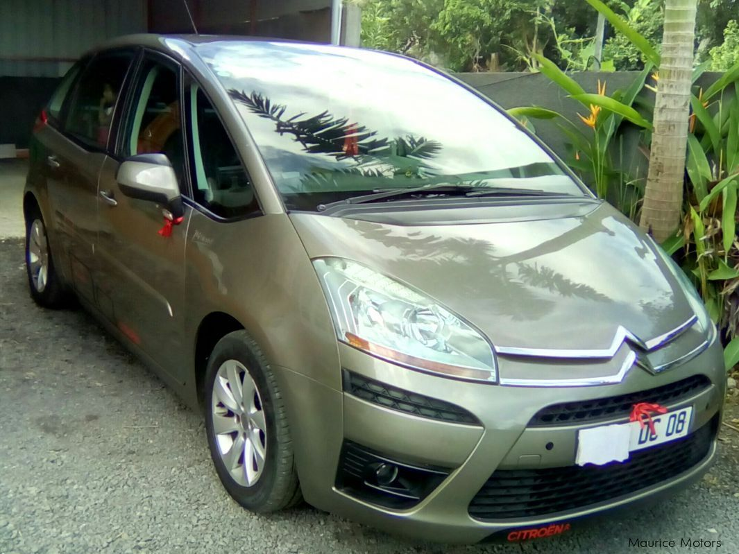 Pre-owned Citroen C4 Picasso for sale in
