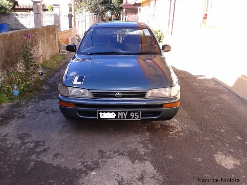 Used Toyota COROLLA EE100 for sale in Mauritius