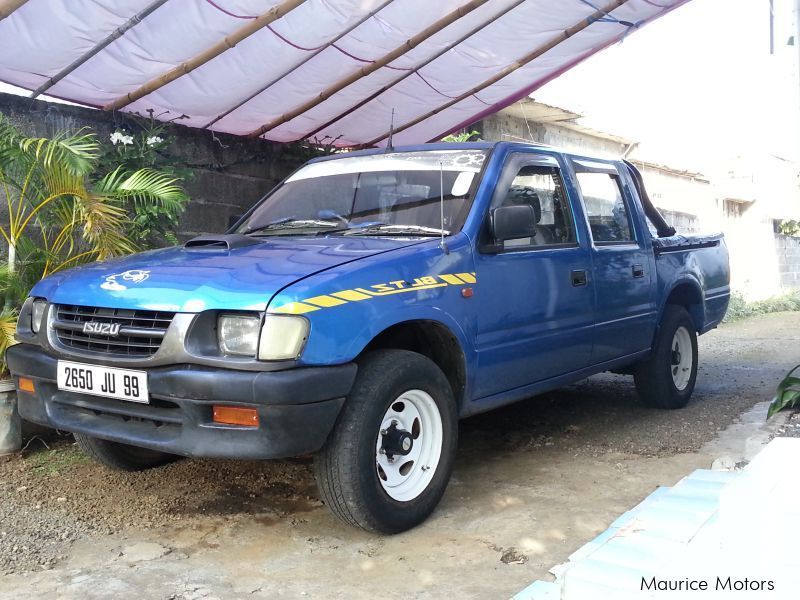 Pre-owned Isuzu kb 250 for sale in Mauritius
