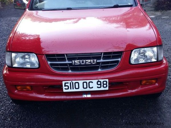 Pre-owned Isuzu japan for sale in Mauritius