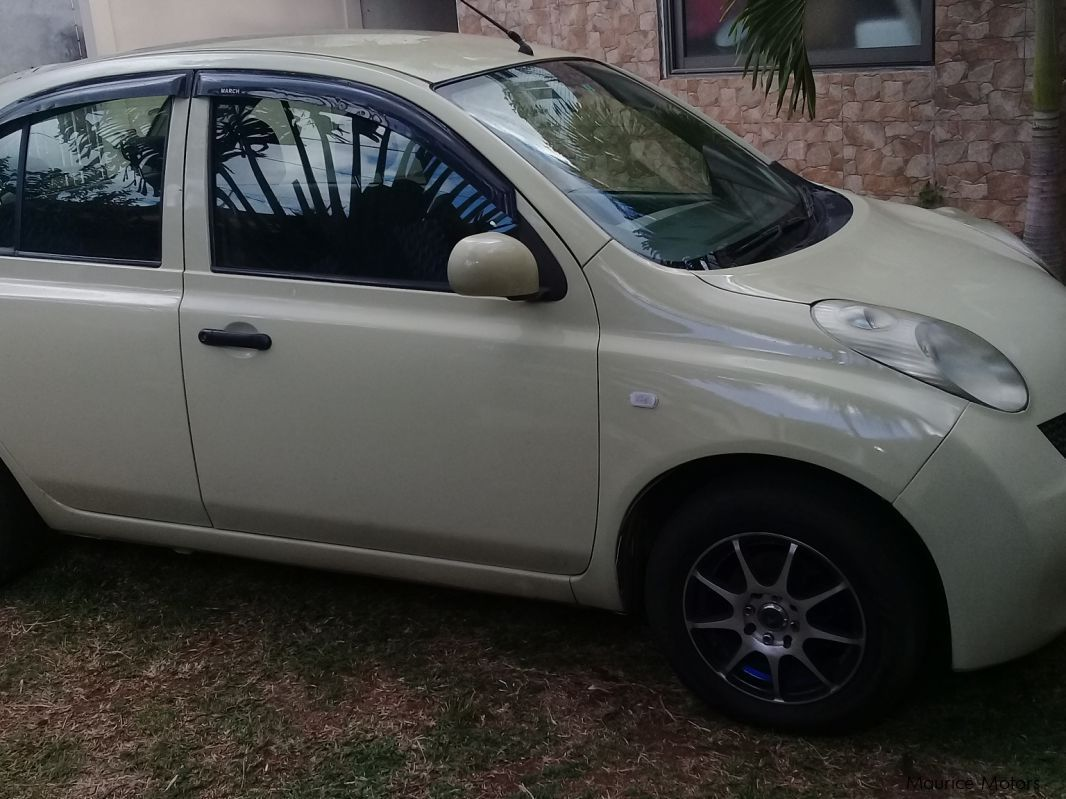 Pre-owned Nissan Nissan Ak12 for sale in