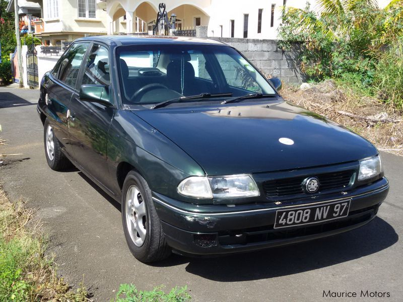Used Opel Astra for sale in Mauritius