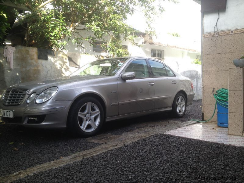 Pre-owned Mercedes-Benz E320 Avantgarde for sale in Mauritius