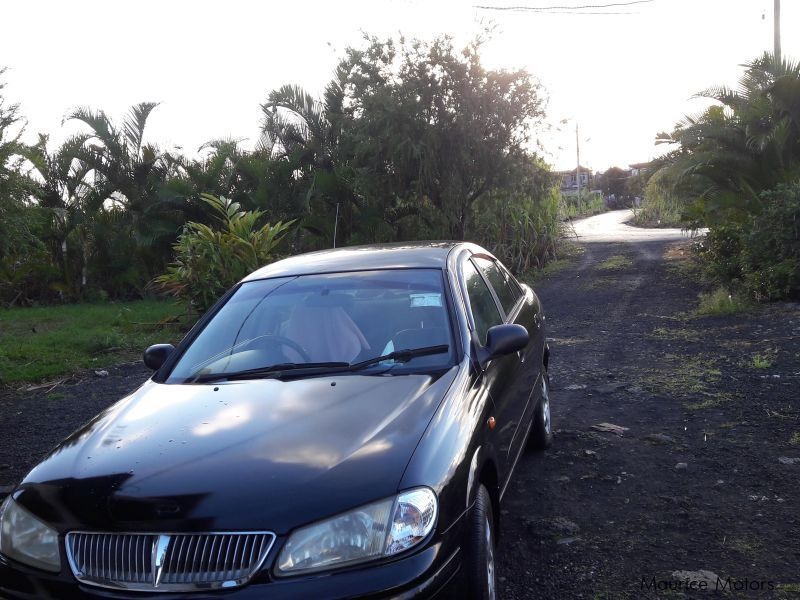 Used Nissan N16 for sale in Mauritius