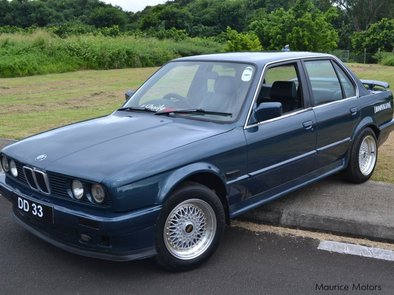 Pre-owned BMW E30 for sale in Mauritius