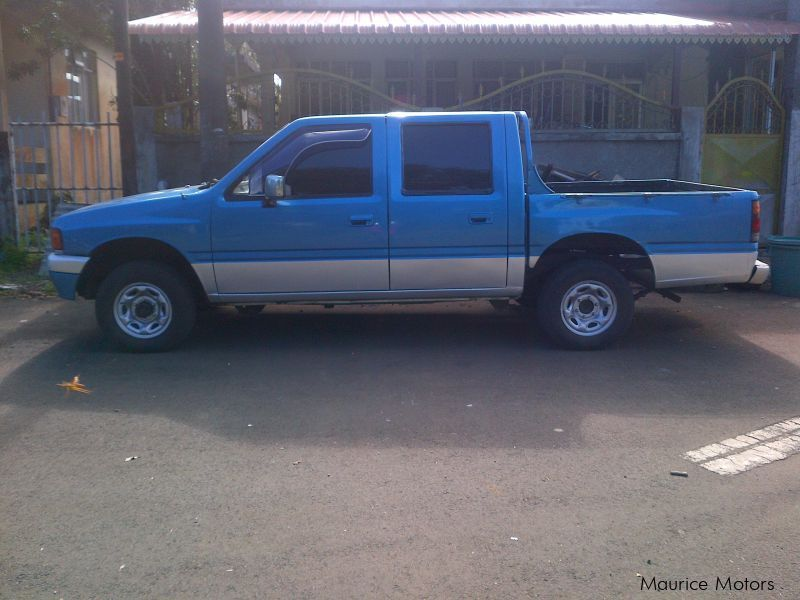 Used Chevrolet Luv 4x4 (Japan) for sale in Mauritius
