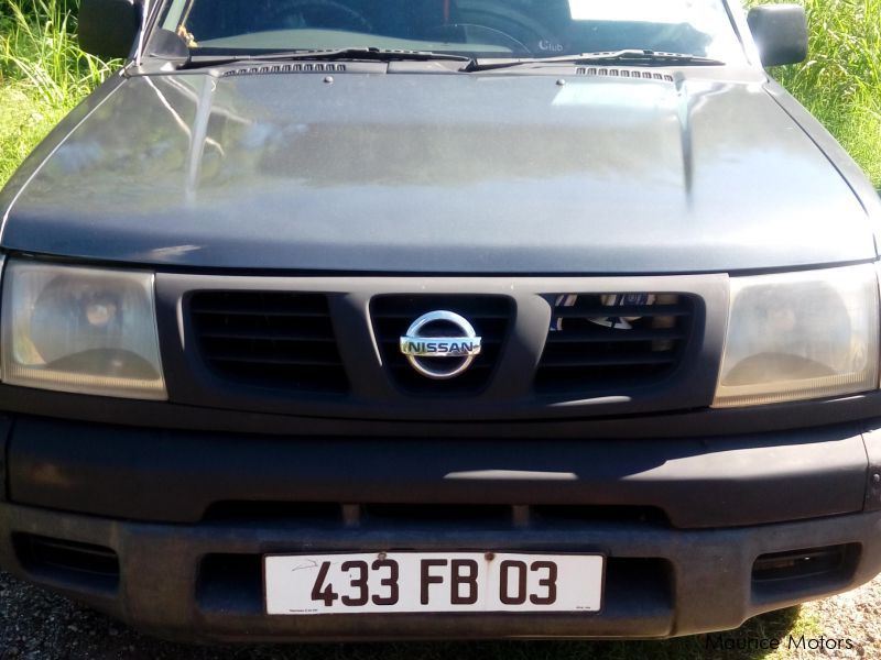 Pre-owned Nissan Pick up for sale in Mauritius