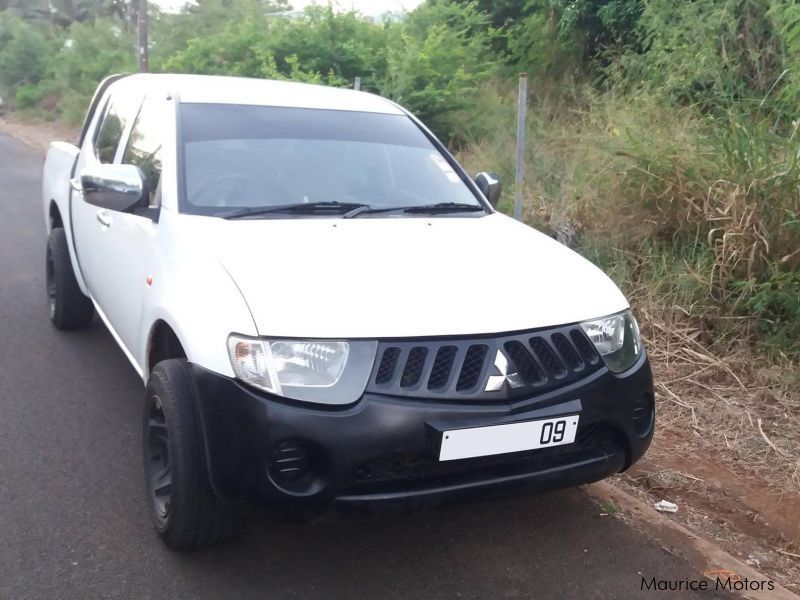 Pre-owned Mitsubishi L200 for sale in Mauritius