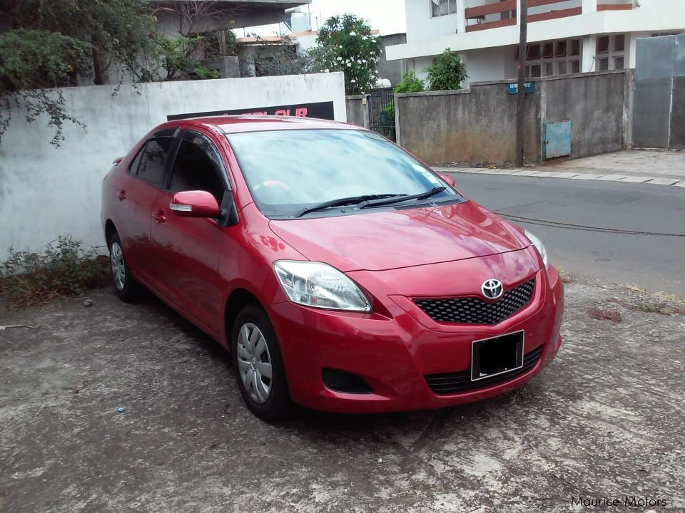 Pre-owned Kia Carnival for sale in