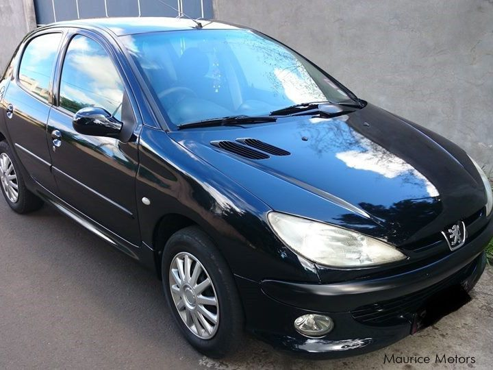 Pre-owned Peugeot 206 XR for sale in Mauritius
