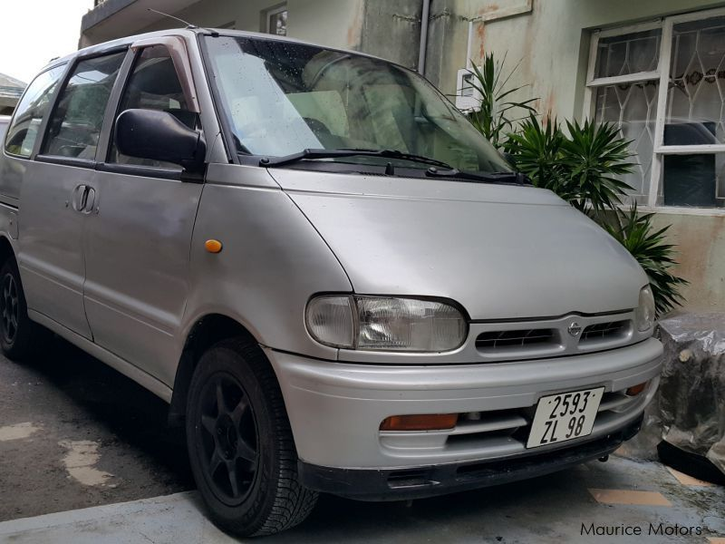 Used Nissan Serena for sale in Mauritius