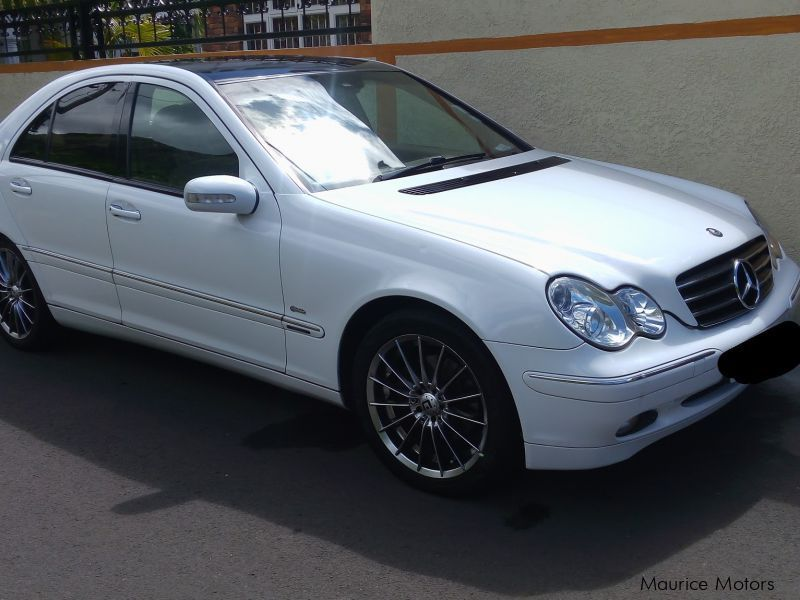 Pre-owned Mercedes-Benz C180 AMG Elegance for sale in Mauritius