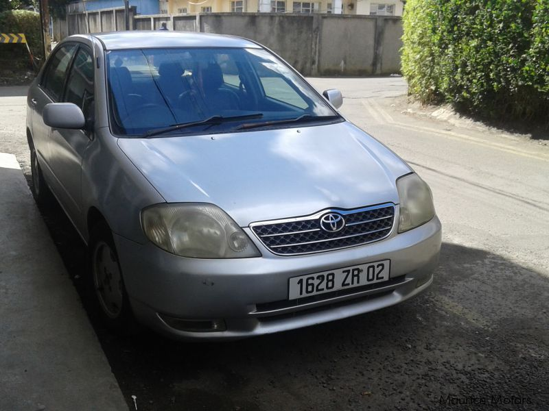 Pre-owned Toyota nze121 for sale in Mauritius