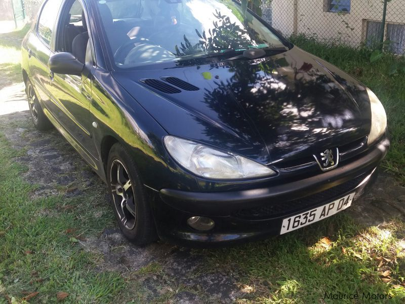 Pre-owned Peugeot 206 for sale in Mauritius