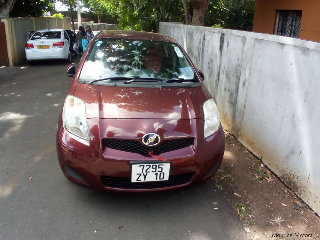 Pre-owned Toyota Vitz 1000CC Automatic for sale in
