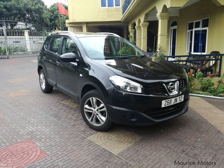 Pre-owned Nissan Qashqai+2 for sale in