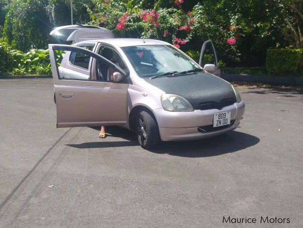 Pre-owned Toyota Vitz for sale in Mauritius