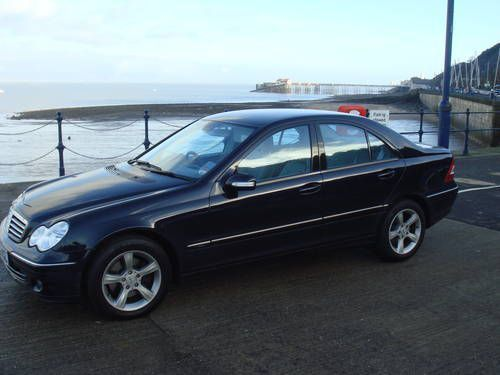 Used Mercedes-Benz C22O W203 for sale in Mauritius