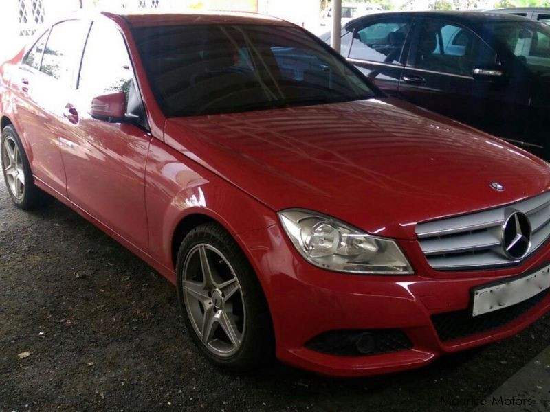 Pre-owned Mercedes-Benz C180 for sale in Mauritius