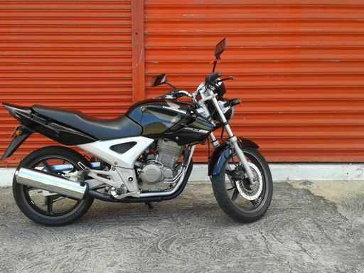 Pre-owned Honda CBX250 TWISTER for sale in Mauritius