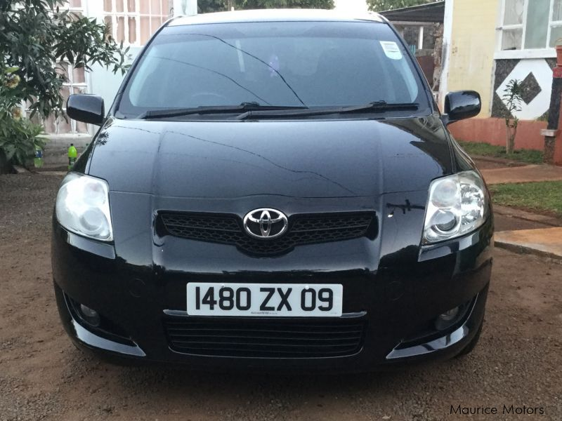 Pre-owned Toyota Auris Corolla for sale in Mauritius