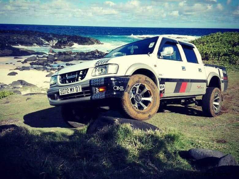 Pre-owned Isuzu LS 4x4 for sale in