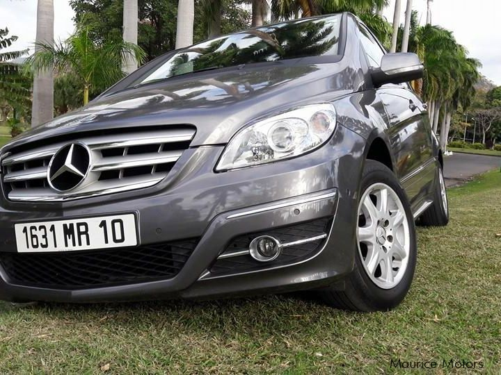 Used Mercedes-Benz B160 for sale in Mauritius