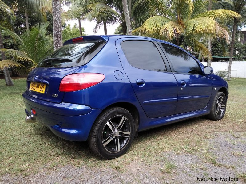Used Peugeot 206 for sale in Mauritius