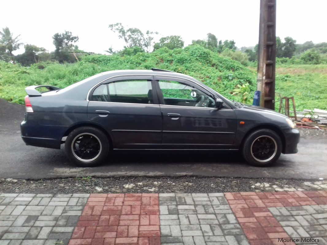 Pre-owned Honda Civic ES5 VTEC for sale in