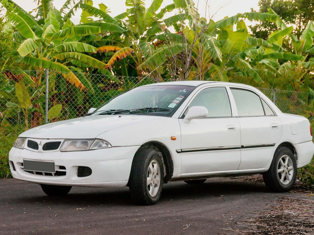 Pre-owned Mitsubishi Carisma for sale in