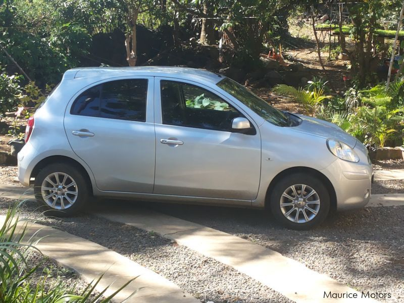 Pre-owned Nissan MARCH AK13 for sale in Mauritius
