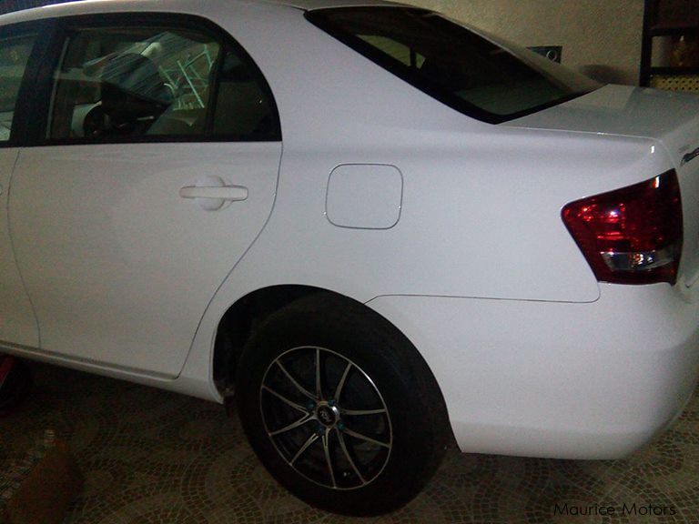 Pre-owned Toyota Corolla Axio Saloon for sale in