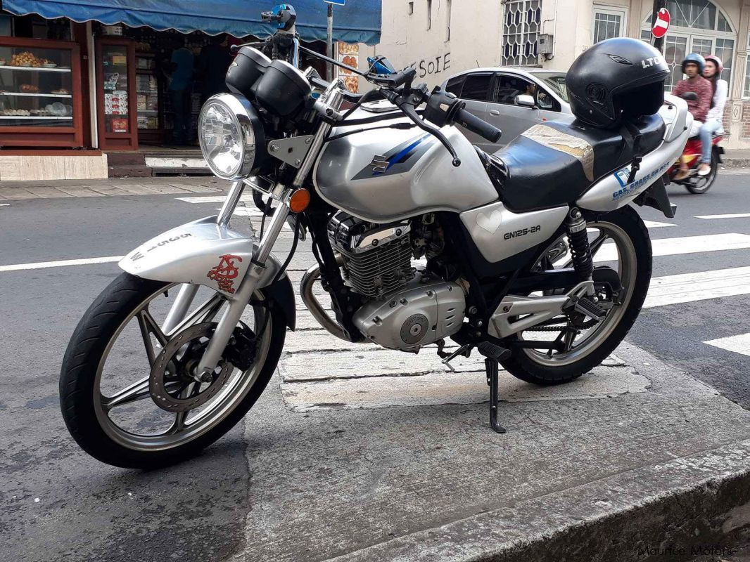 Pre-owned Suzuki EN 125 for sale in