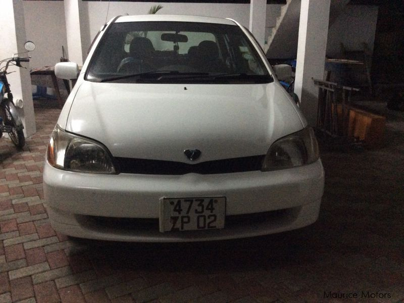 Used Toyota Platz for sale in Mauritius