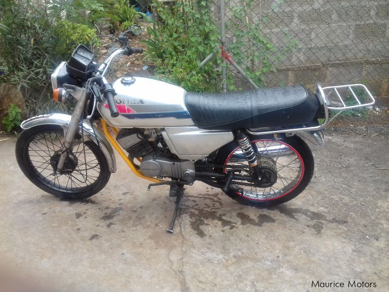 Pre-owned Honda H100 for sale in Mauritius